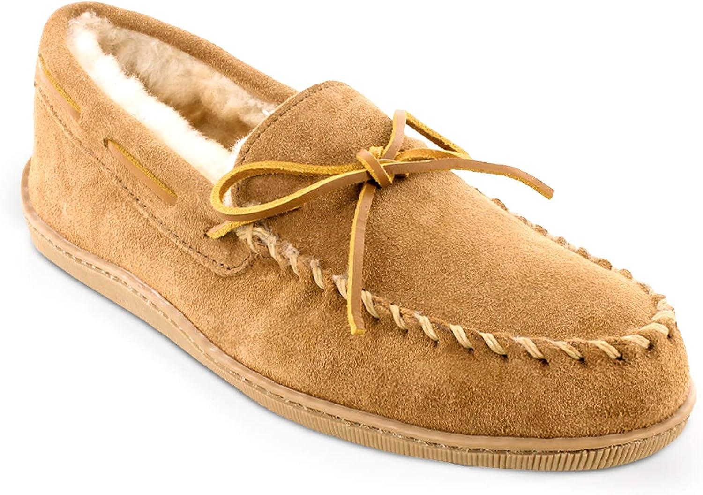 Minnetonka Men's Sheepskin free shipping Moccasin Slippers Tulsa Mall Hardsole