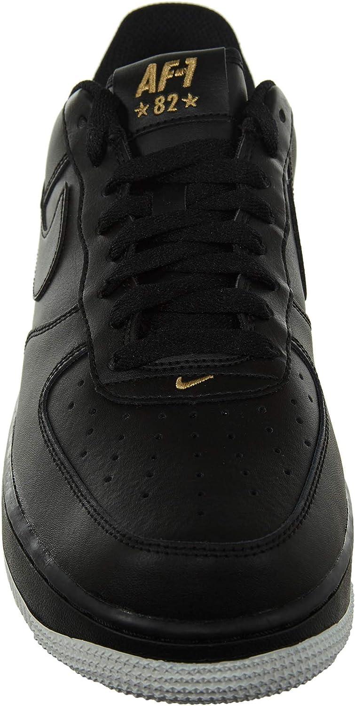 Nike Scarpe Air Force 1 '07 Nero/Bianco/D'Oro Formato: 43 : Amazon ...