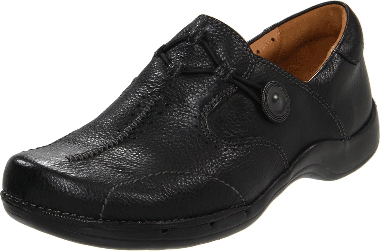 Clarks Women's Un.Maple Slip-On Loafer
