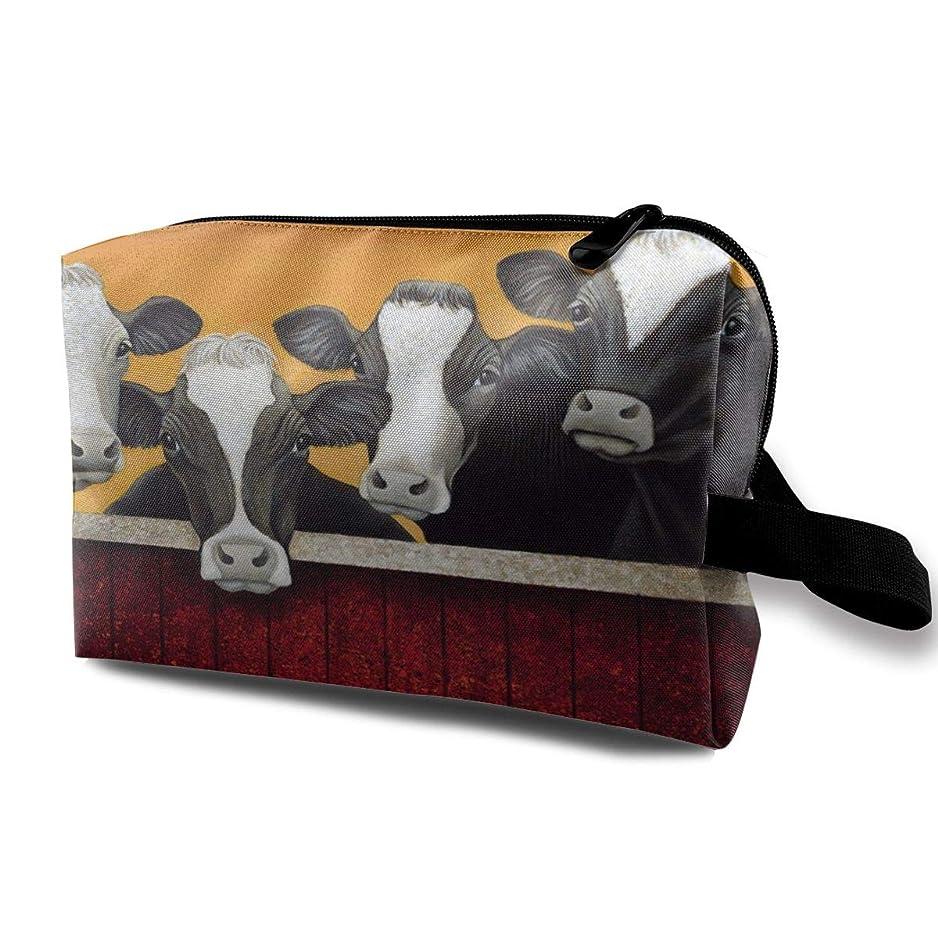 変更可能感嘆急行するFunny Milk Cow 収納ポーチ 化粧ポーチ 大容量 軽量 耐久性 ハンドル付持ち運び便利。入れ 自宅?出張?旅行?アウトドア撮影などに対応。メンズ レディース トラベルグッズ