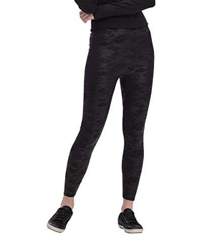 HUE Layering Weightless High-Rise Leggings (Black Camo) Women