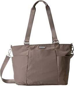 Baggallini - Medium Avenue Tote