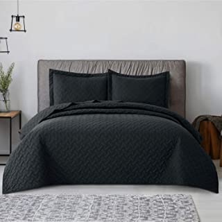 Bedsure Quilt Set Black Full/Queen Size (90×96 inches) – Basket Weave Pattern..