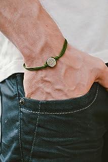 Pulsera para hombres, pulsera de cordón verde para hombres con un amuleto redondo plateado, cuerda verde, pulsera para hombres, regalo para él, joyas para hombres, karma.