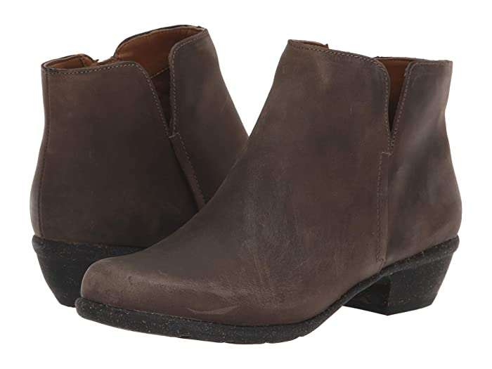 Clarks  Wilrose Frost (Taupe Oiled Leather) Womens  Shoes