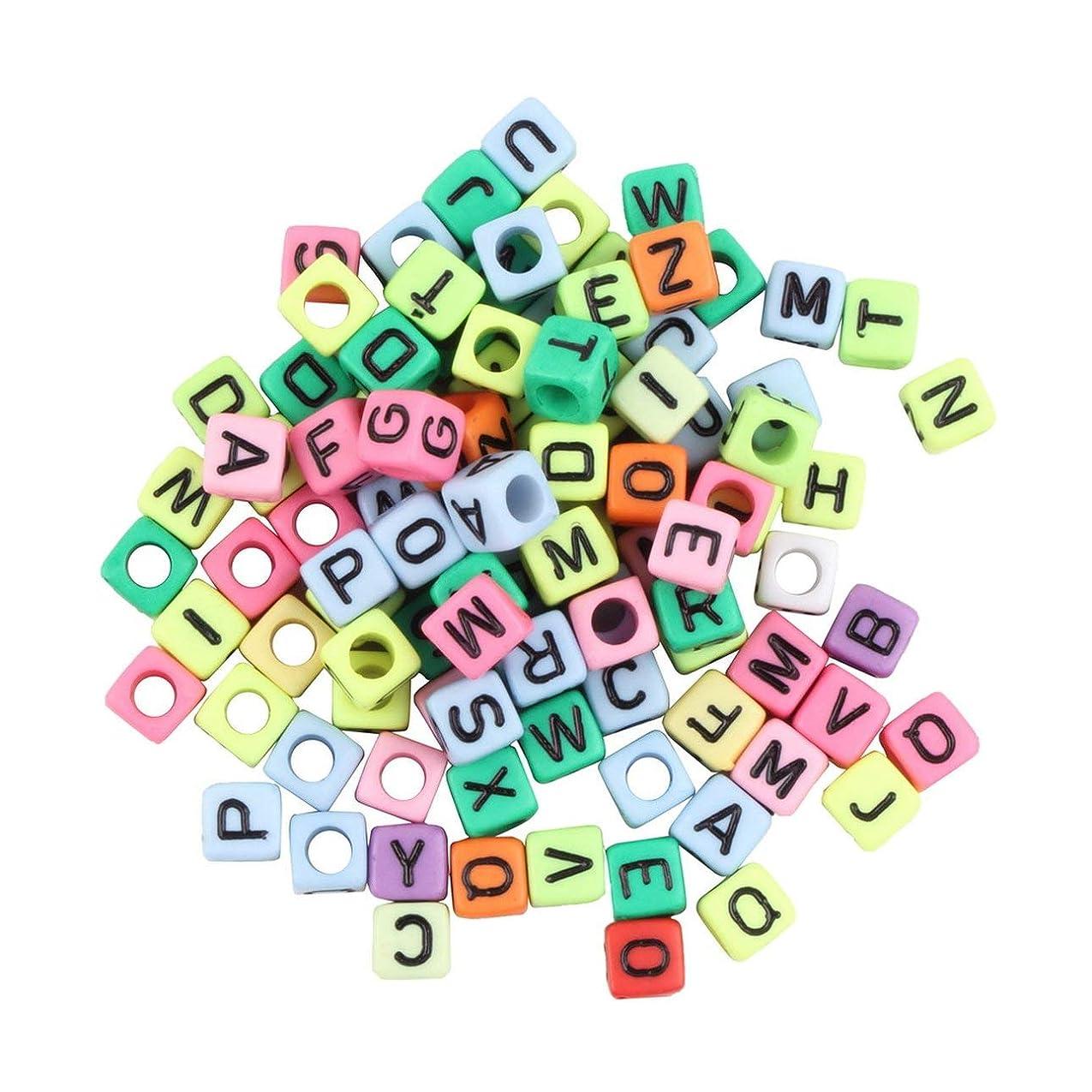 学習者学習者中止しますNancyMissY 1Bag / 100PCS6Mmアルファベットレターチャームビーズ織機バンドブレスレットマルチカラーノーグルーノーノーグッドギフトとして