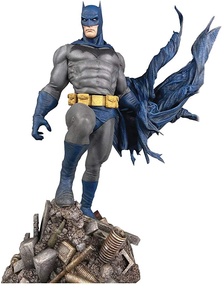 Diamond select, statua di batman, 25 cm, in pvc JUN201789