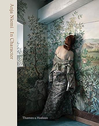 27a0096e60f8d Amazon.com: Coming Soon - Fashion / Photography & Video: Books