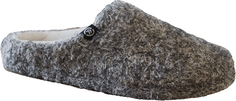 Isotoner Women's Eyelash Knit Erika Hoodback Slipper, Oatmeal 6.5-7.5