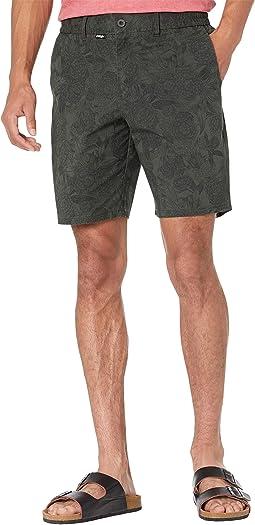 """Chino 19"""" Hybrid Shorts"""