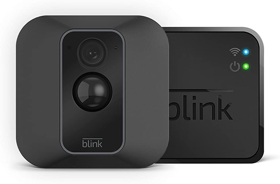 Blink XT2 | Cámara de seguridad inteligente exteriores e interiores almacenamiento en el Cloud audio bidireccional 2 años de autonomía | 1 cámara