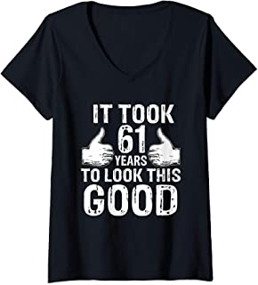 Womens 61th Birthday Vintage Made in 1958 Gift ideas Man V-Neck T-Shirt