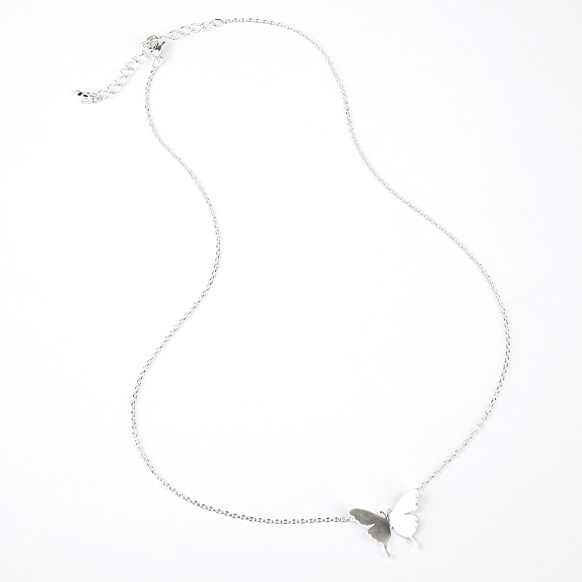 MIRMARU Jewerly Collection Silver Plated Love Pendant Fashion Necklace.