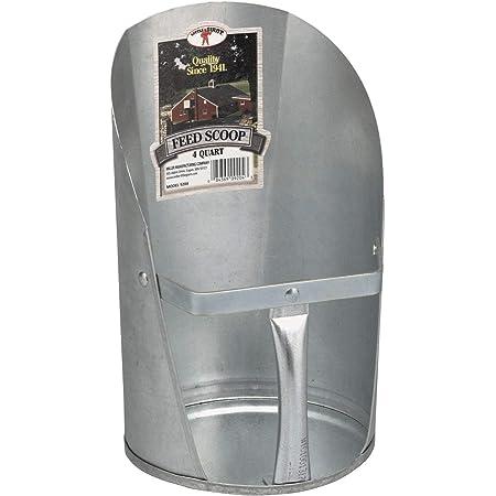 Free Range 4252 2 Quart Metal Feed Scoop
