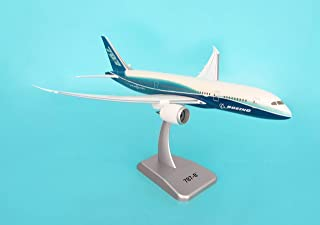 Daron Hogan Boeing 787-8 Model Kit Without Gear, 1/200 Scale