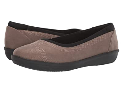 Clarks Ayla Low (Bronze Metallic Synthetic) Women