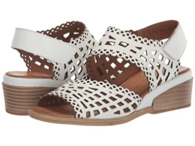 Spring Step Petra (White) Women