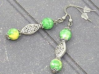 Orecchini etnici Zen con perle di giada ricostituite verde e giallo e perle tibetane