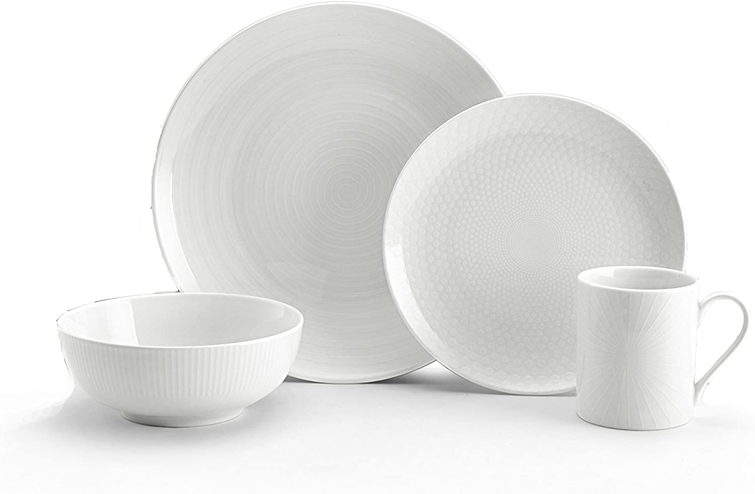 Mikasa Cheers White 16 Piece Dinnerware Set Service For 4 Amazon Co Uk Kitchen Home
