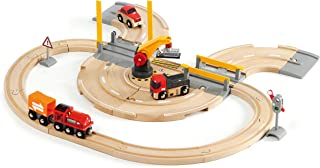 Brio World - 33208 Rail & Road Crane Set | 26 Piece Toy Train with Accessories and Wooden Tracks for Kids Ages 3 and Up