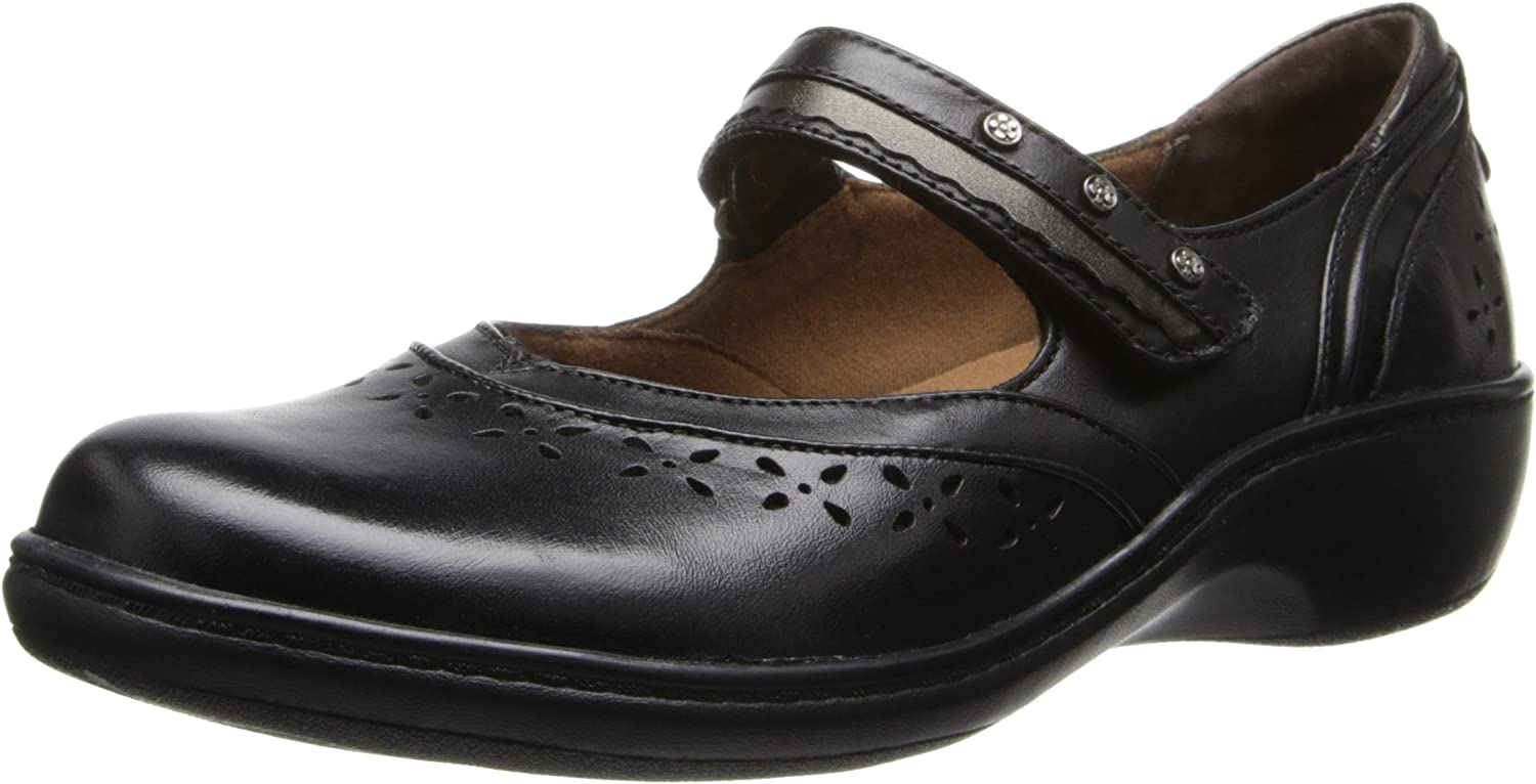 Aravon Women's Dolly Flat,Black,7.5 2E US