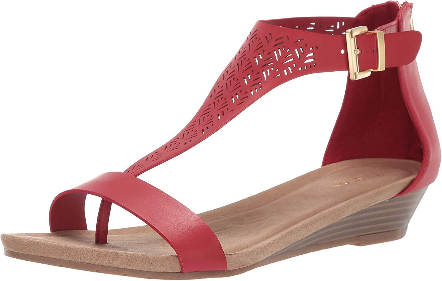 Kenneth Cole REACTION Womens Great City 3 T-Strap Low Wedge Sandal Wedge Sandal