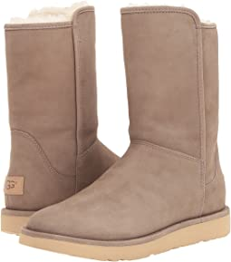 UGG - Abree Short II