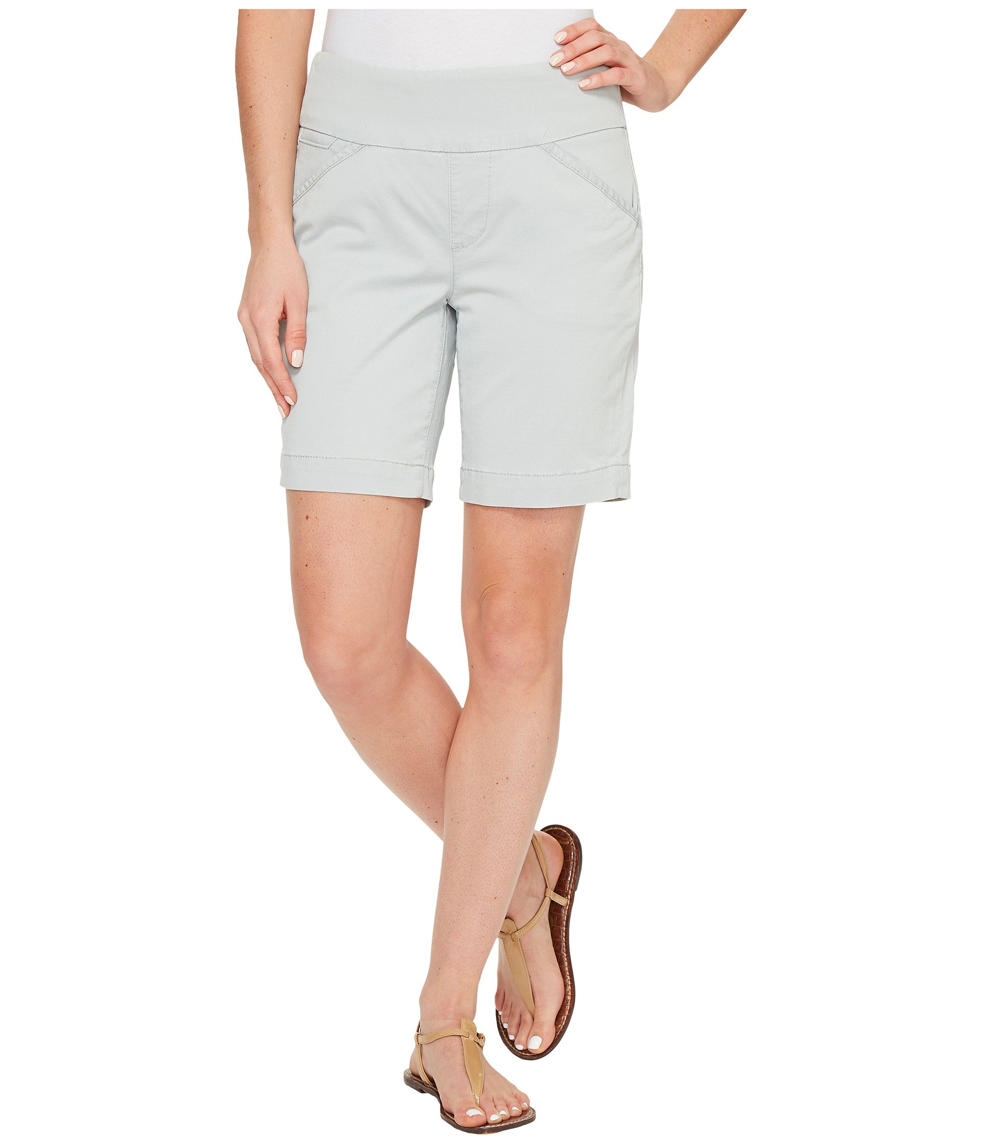 """Ainsley Pull-On 8"""" Shorts in Bay Twill"""