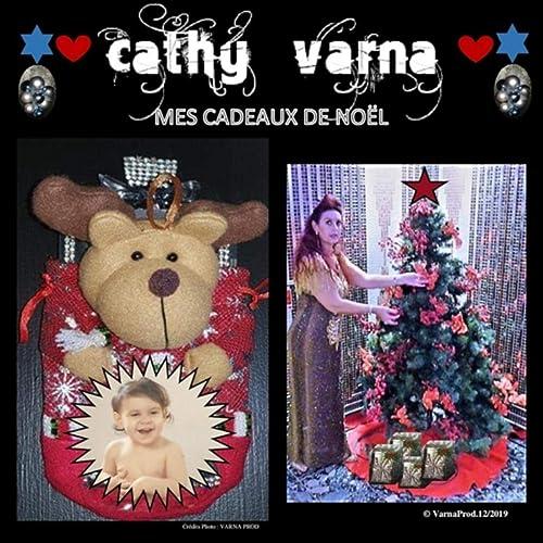 Amazon Cadeaux De Noel Mes cadeaux de noël by Cathy Varna on Amazon Music   Amazon.com