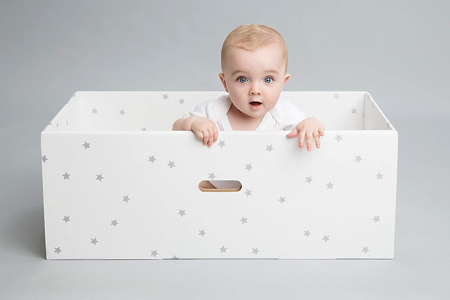 British Baby Box Adorable Baby Box with Fitted Mattress