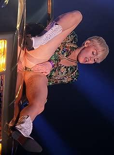 Miley Cyrus Bangerz Tour #26 - 18X24 Poster
