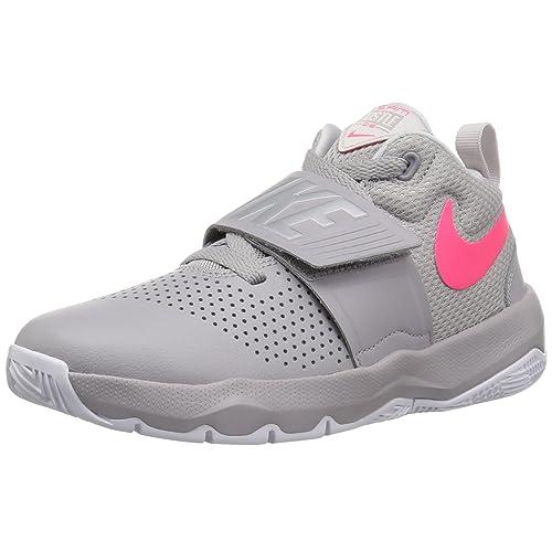release date 0bde6 617cb Nike Kids  Team Hustle D 8 (Gs) Basketball Shoe