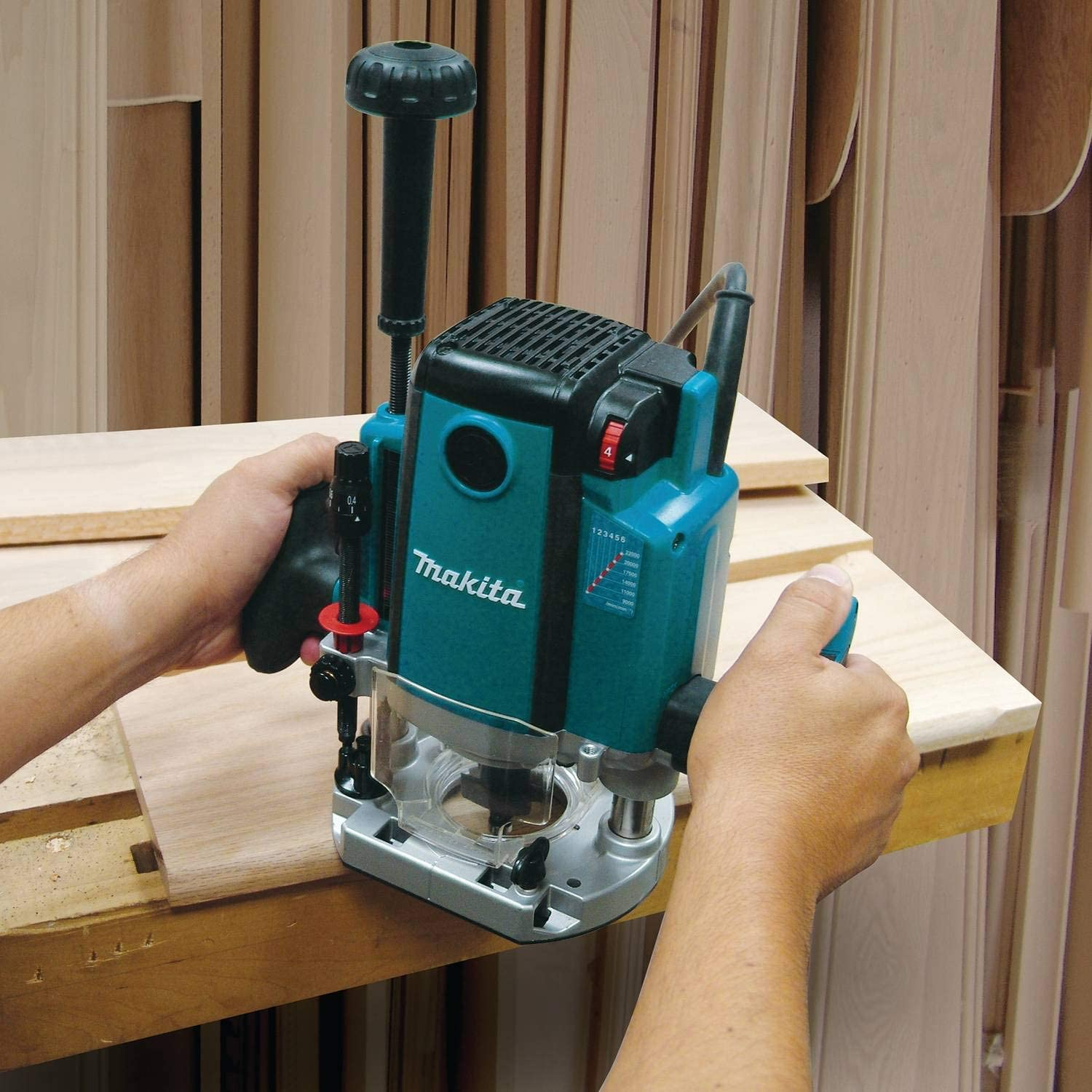 Makita RP2301FC – Best Heavy-Weight Plunge Router