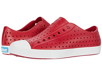 Native Shoes Jefferson (Ski Patrol Red/Shell White) Athletic Shoes