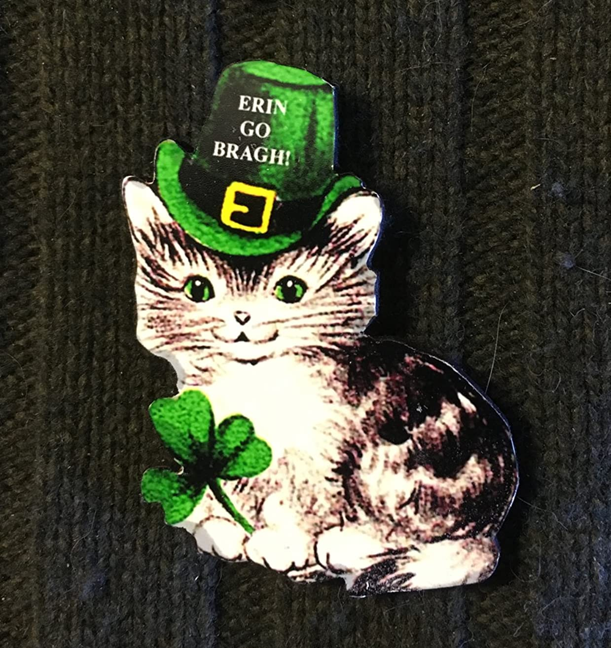 St Patrick's Day Kitty Pin Brooch, Handcrafted Wood, Irish Cat Magnet, Jewelry, March 17, Green Hat, 1950s Decor, Shamrock, Ornament