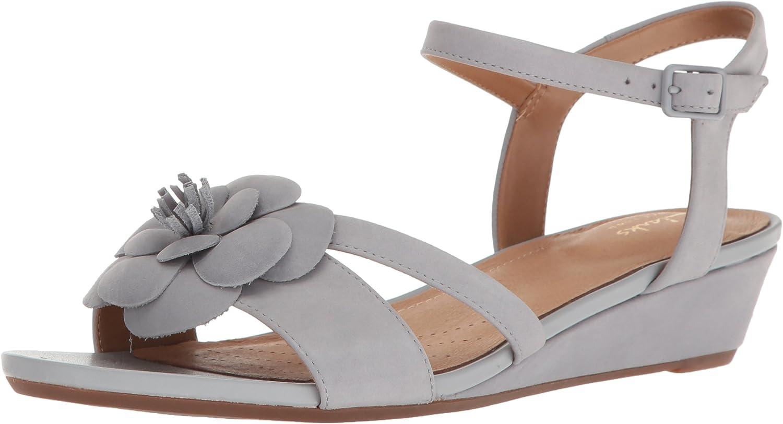 Clarks Women's Parram Stella Flat Sandals