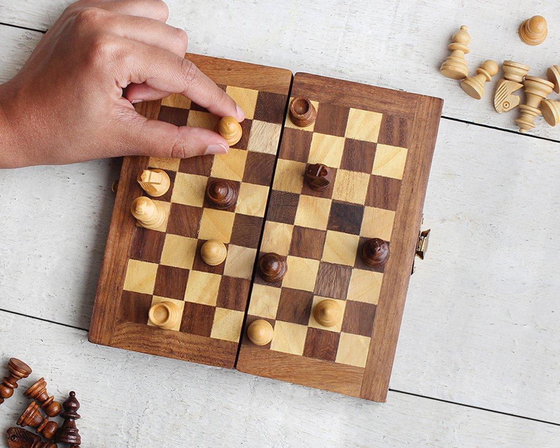 storeindya Conjunto de ajedrez de Madera Plegable Caja de ajedrez Tablero de Juego Fresco con Almacenamiento de Piezas portátiles de Viaje amistoso para niños Adultos: Amazon.es: Hogar