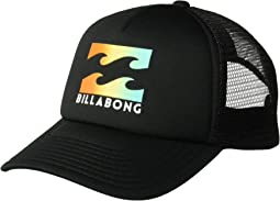 Podium Trucker Hat (Big Kids)