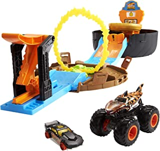 Hot Wheels Monster Trucks Stunt Tyre Play Set