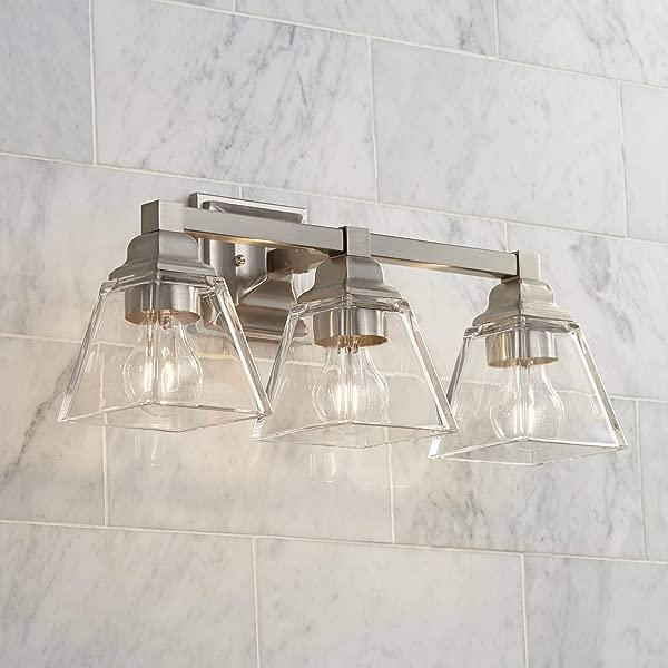 20岁的现代厨房,一间名叫莫雷奇·巴洛克·贝尔,用了一台透明的蓝光器,用一台银石机,