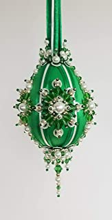 The Glimmer Tree Evergreen Beaded Ornament Kit 3