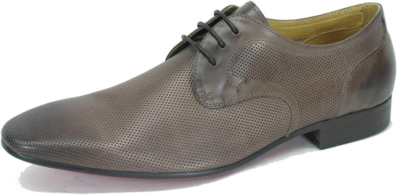 Carrucci Perforated Burnished Calfskin Lace-up Oxford KS30805