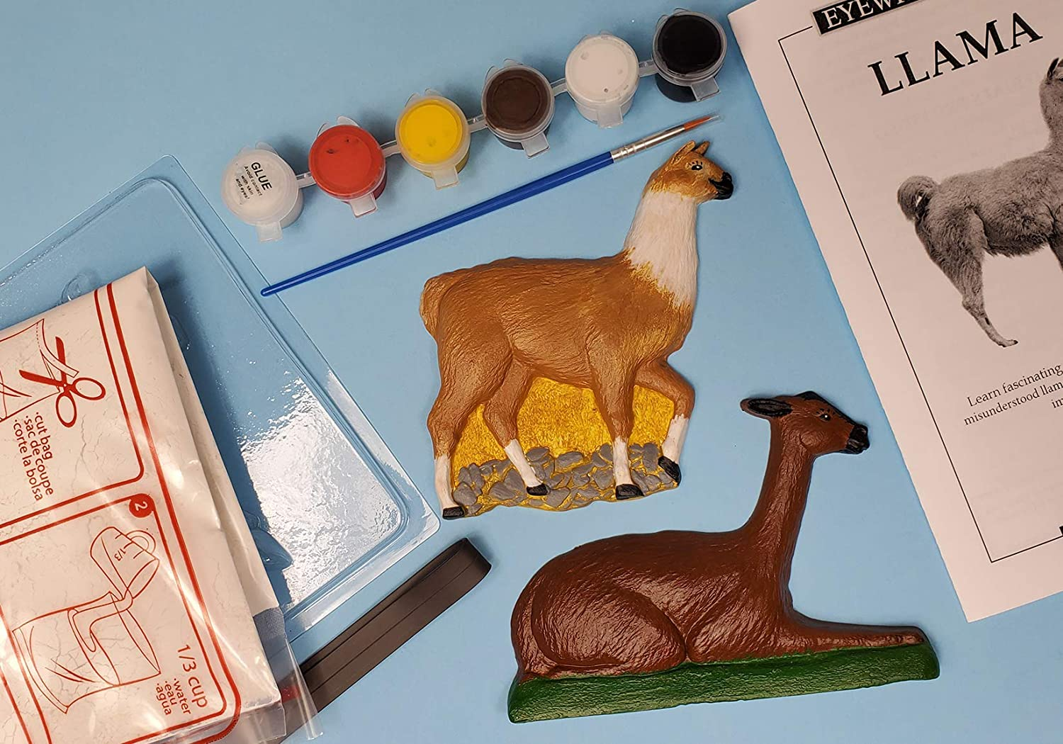 Eyewitness Kits Perfect Cast Favorite Cats Cast Paint Display and Learn Craft Kit