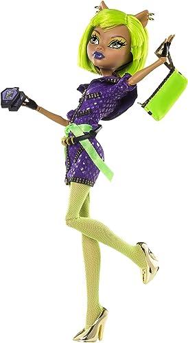 Mattel T6069 - Monster High - Dawn of the Dance - Clawdeen Wolf