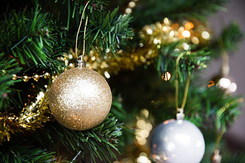 Kunststoff Set INKL HEITMANN DECO Weihnachtsbaum-Schmuck Rot Perlketten und Girlanden Baumspitze Kugeln 45-teilig