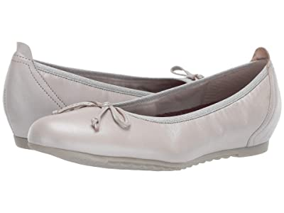 Munro Quinn (Silver Metallic Leather) Women