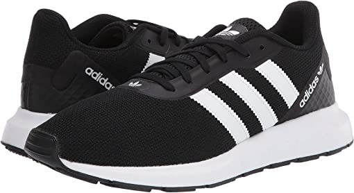 Core Black/Footwear White/Core Black 1