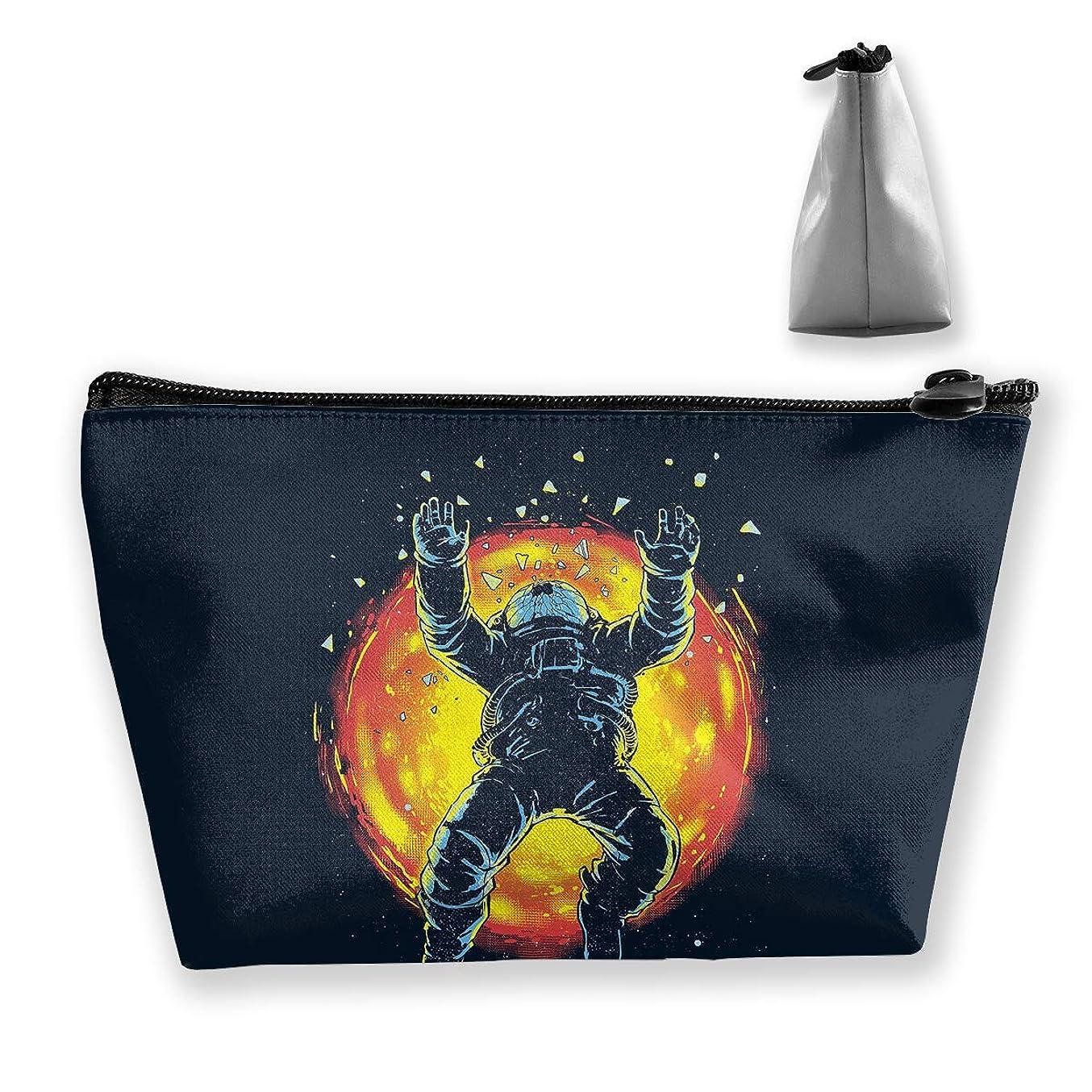 立ち向かうキモい爆発する台形 レディース 化粧ポーチ トラベルポーチ 旅行 ハンドバッグ 宇宙飛行士 コスメ メイクポーチ コイン 鍵 小物入れ 化粧品 収納ケース