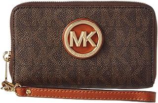 e852735c14c66 Amazon.com  Browns - Wristlets   Handbags   Wallets  Clothing