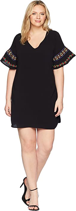 Plus Size Noemi Short Sleeve Dress with Embroidery